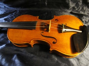 Violin is ready to be played